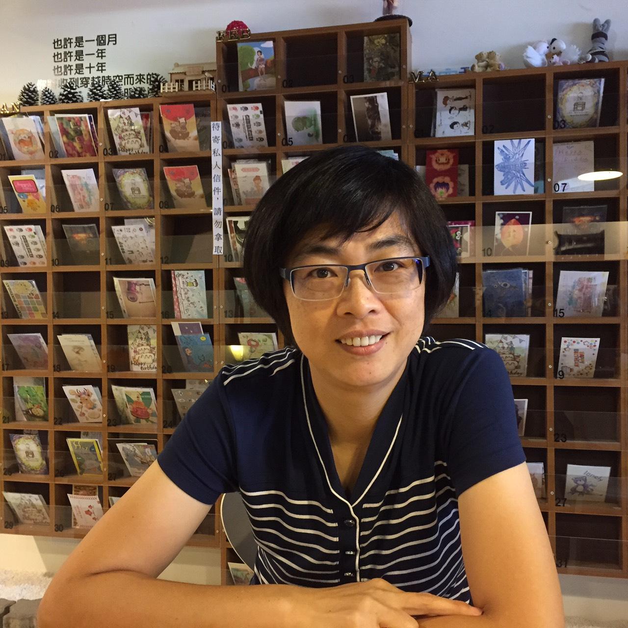 行政組員 蕭月仙小姐